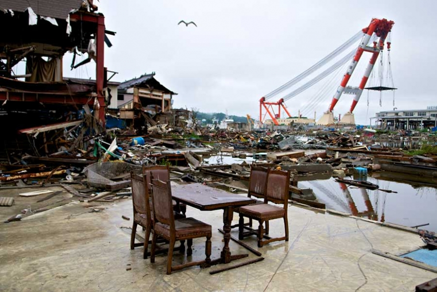 http://gianni-giosue.com/files/gimgs/th-15_Walk_Tohoku_Tsunami_-10-copy.jpg